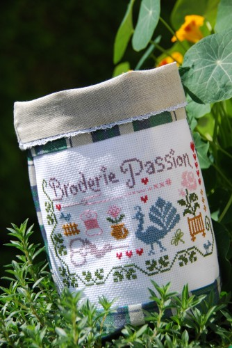 couturepochon broderie passion 002.jpg